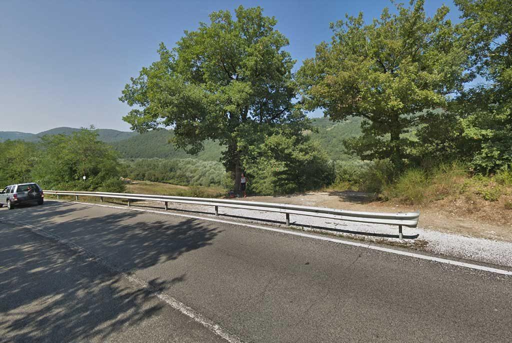 Todi, la strada per Orvieto è sempre affollata di prostitute