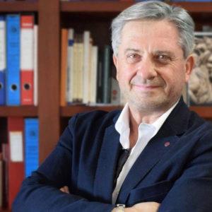 Il prof. Franco Cotana